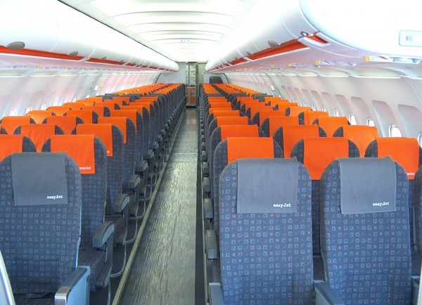 Plan de cabine easyjet airbus a319 for Interieur d avion